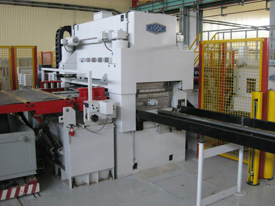 New GEORG high-performance leveller in operation at EMW Steel Service Center